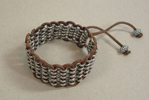 Chain-Weave-Bracelet